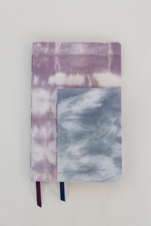 Shibori fabric cover notebooks. Photographer Laia Gutierrez http://www.laiagutierrez.com/